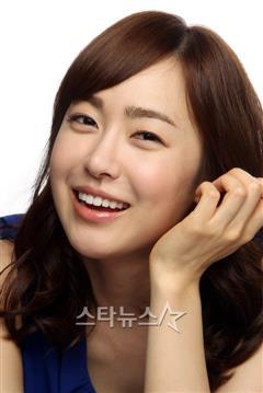 我们家的女人演员刘小英