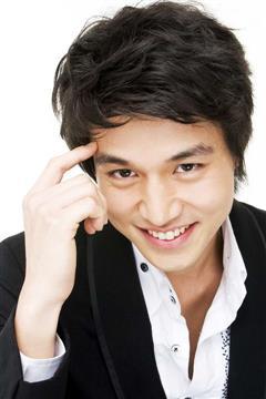 暴力罗曼史演员李东旭
