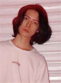 演员刘背实