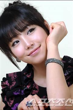 唐突的女子演员李宥利