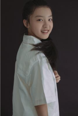 双探演员刘亦然