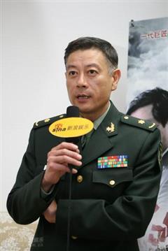 杨靖宇将军演员巫刚