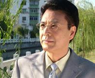 演员王华英