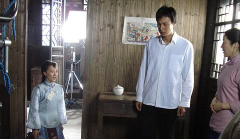明德绣庄剧情介绍 第11集