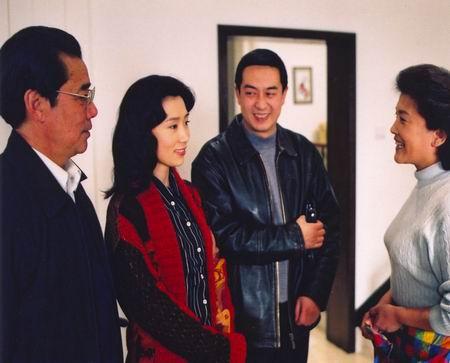 方政委和靳树林告诉林荫他们与调查组谈话的主要内容:对市委说过不满
