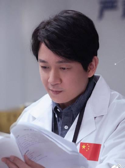 你是我的荣耀演员潘粤明