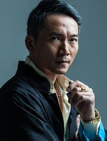 明月曾照江东寒演员邹兆龙