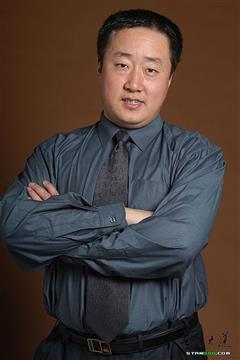 警察遇到兵演员赵亮