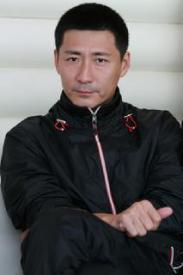 演员张子健