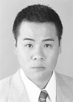 兼职警察演员韦家雄