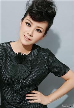 玲珑女演员何琳