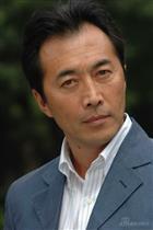 演员郑晓宁