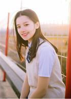 演员张婧仪