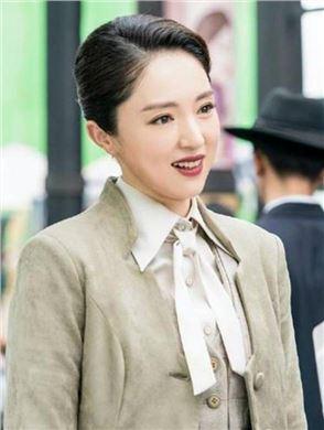 旗袍美探演员董璇