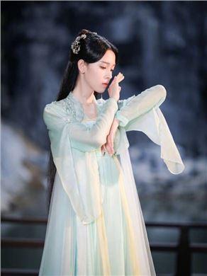 少女大人演员陈瑶