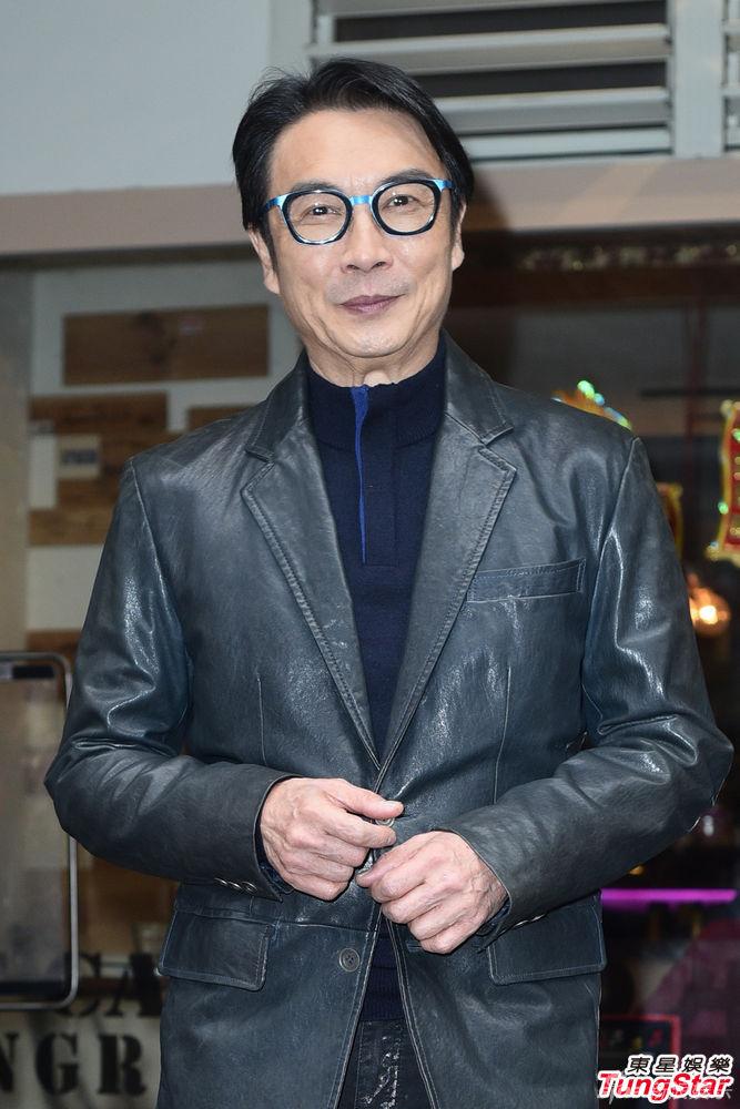 刘松仁写真
