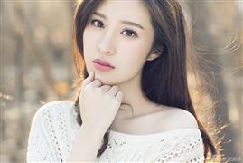邬靖靖写真